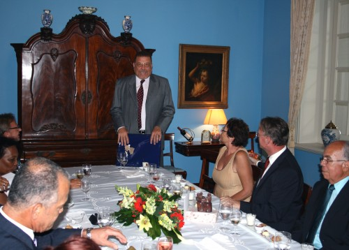Bijeenkomst d.d.  19 augustus 2011 ter afscheid van onder meer mr. A. R. Bermudez als lid van de Raad van Advies